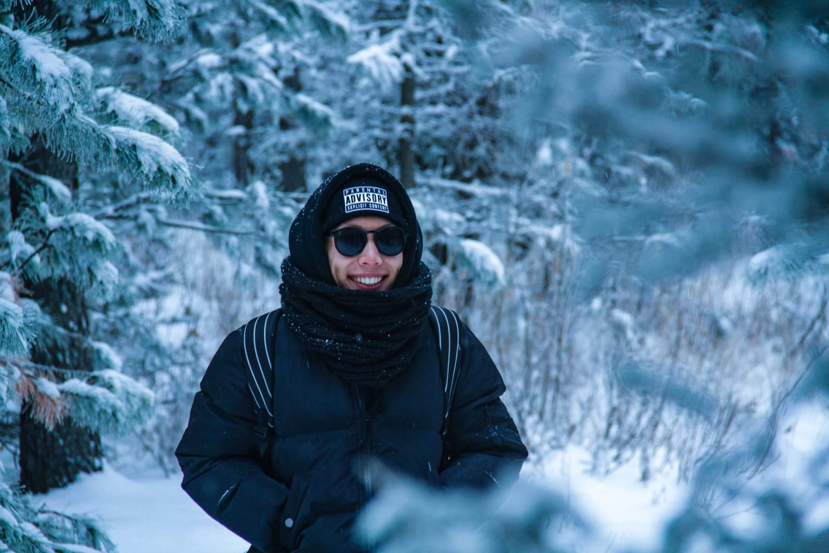 man-layers-winter-clothes