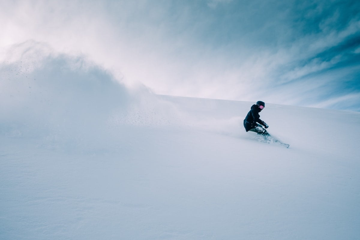 how-often-to-wax-snowboard